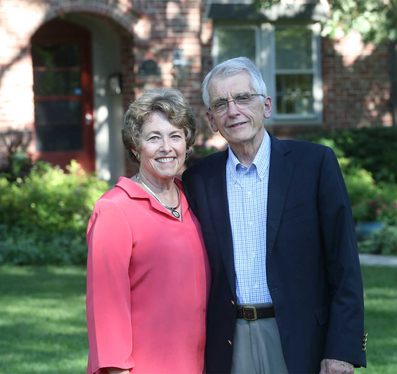 Dr. Perry and Sally Schoenecker 2019 Ageless Remarkable St. Louisan
